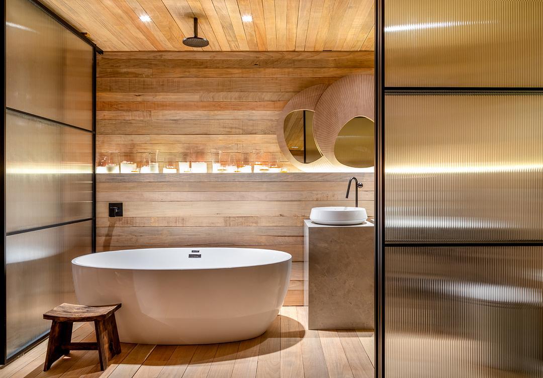 Banheiros abertos CASACOR SC 2021 e o destaque comum em alguns deles