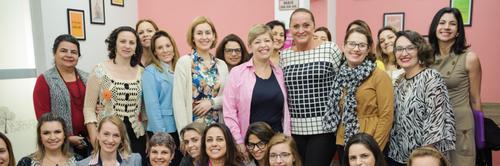"""A marca do empreendedorismo """"rosa"""" de Lênia Luz"""