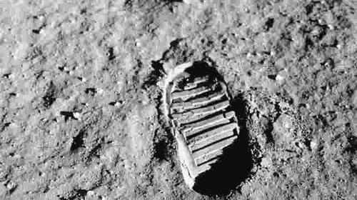 50 anos no mundo da lua, e o nosso