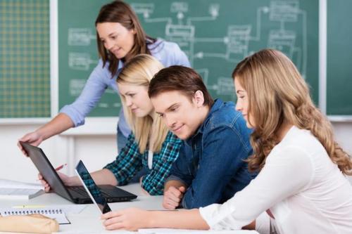 Série LinkedIn: como professores também podem usar a rede para sua Carreira